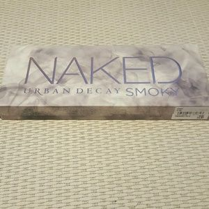 Urban Decay NAKED smoky new never used